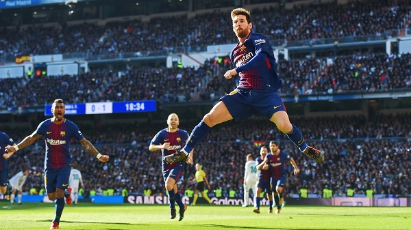 Messi huyền thoại bóng đá thế giới