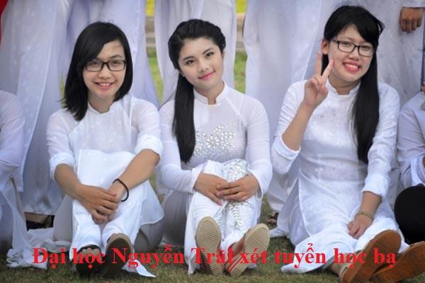 Đại học Nguyễn Trãi xét tuyển học bạ
