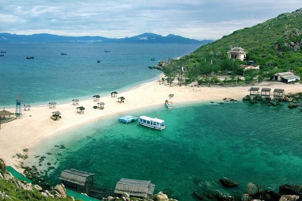 Vịnh Cam Ranh – Nha Trang