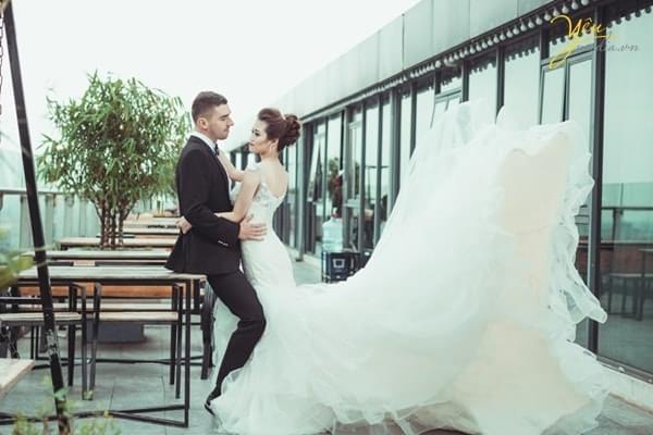 Chụp ảnh cưới tại Trill Rooftop Café