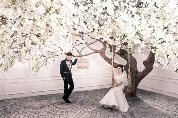 Chụp ảnh cưới tại phim trường Lavender