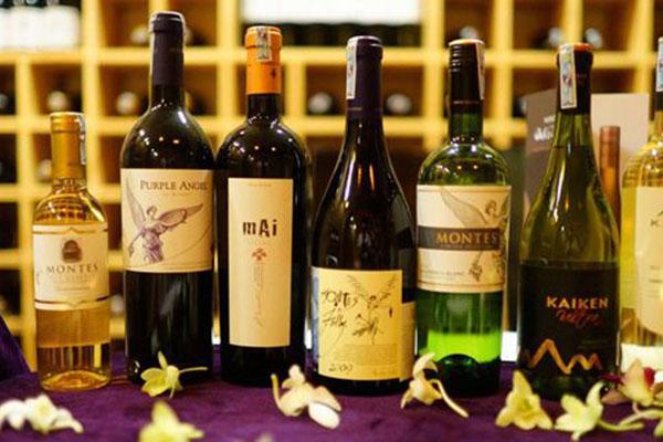 Rượu ngoại nhập khẩu