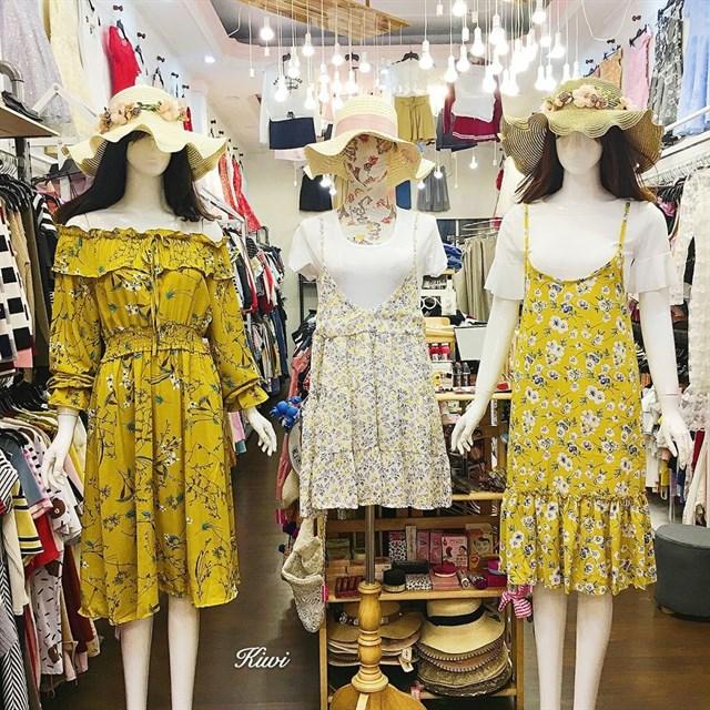 Top 5 shop sỉ lẻ quần áo nguồn hàng chất lượng, giá gốc